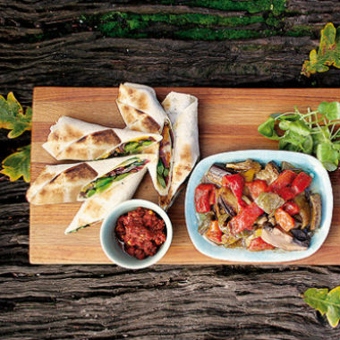 VEGETARIAN BARBECUE WRAPS